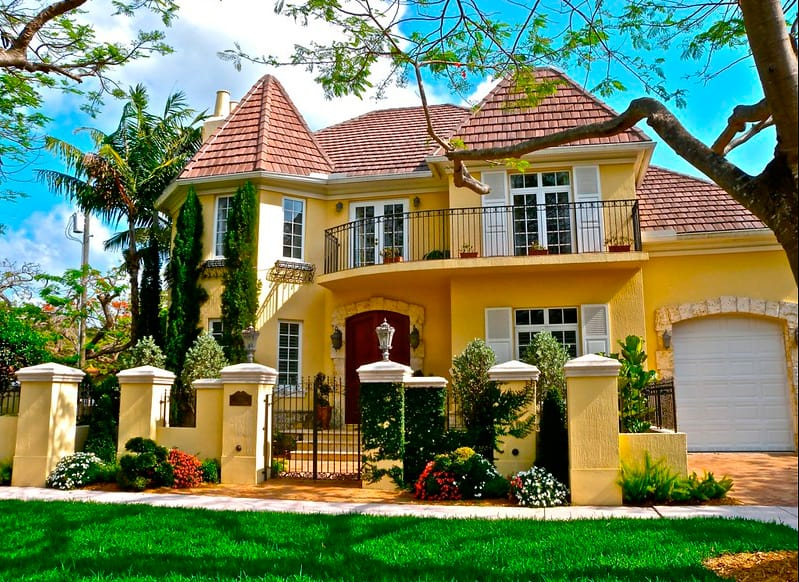 Mansions-for-sale-in-Coral-Gables-between-5-and-10-million