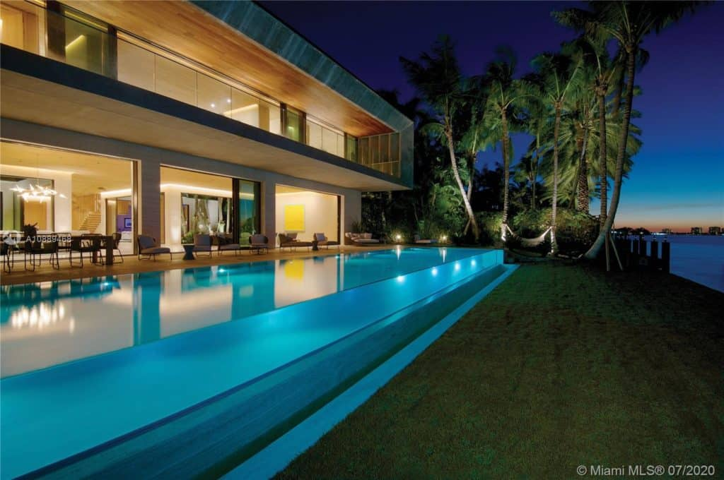 252 BAL BAY DR, BAL HARBOUR, FL 33154 - Bal Harbour Waterfront Home for sale